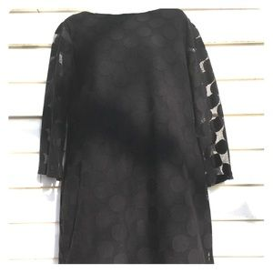 Size L black shift dress with lace overlay